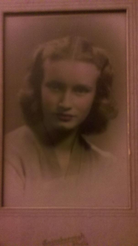 Marilyn Borden, Marilyn Mears